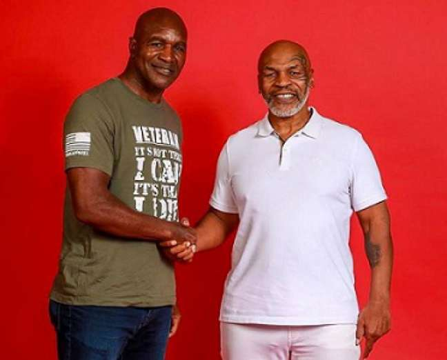 Mike Tyson não fechou as portas para uma terceira luta com Holyfield (Foto: Reprodução Instagram)