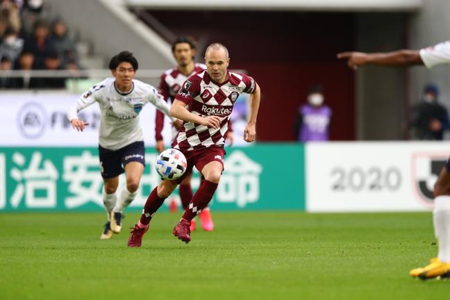 Iniesta é um dos destaques do Campeonato Japonês (Foto: Reprodução/ J.League)