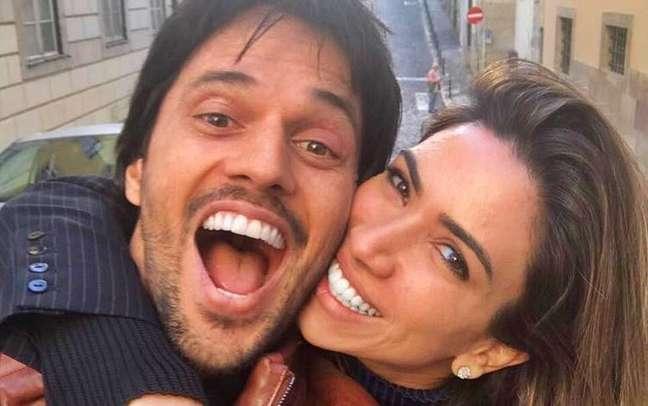 Fábio Faria e Patrícia Abravanel frequentemente compartilham momentos de paixão nas redes sociais