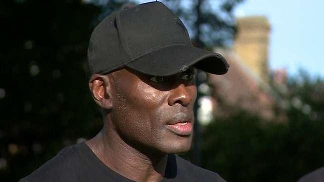 Hutchinson é preparador físico e participava de ato contra o racismo junto com os amigos