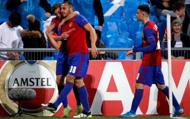 Arthur baterá meta que obriga Basel a comprá-lo se fizer mais um gol na temporada (Foto: Stefan Wermuth/AFP)