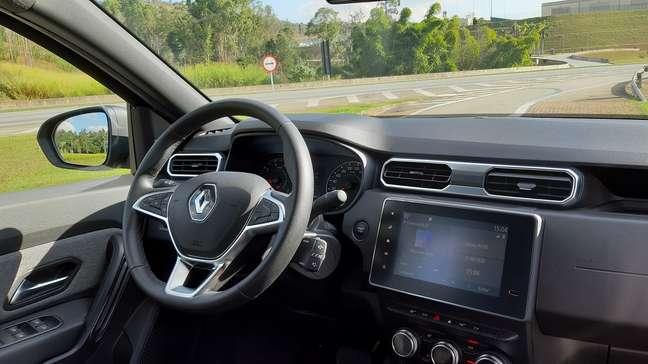 Interior do Duster 2021 deu muito mais dignidade ao carro em termos de conforto.