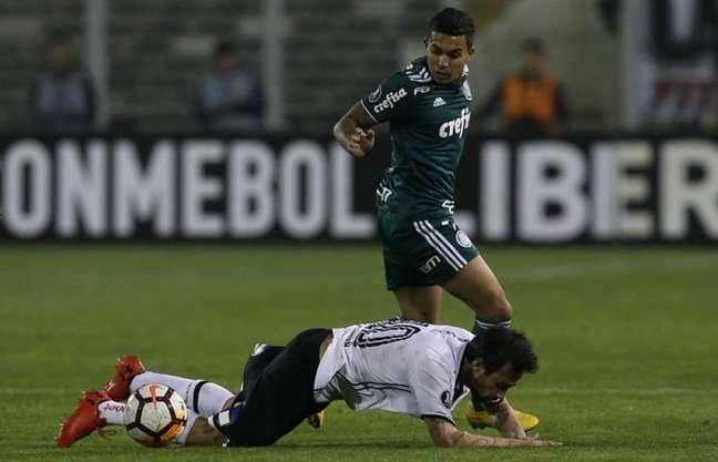 Então no Colo-Colo, em 2018, Valdivia enfrentou o Palmeiras de Dudu e foi eliminado (Agência Palmeiras/Divulgação)