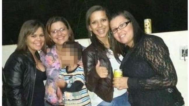 Talytta (na ponta esquerda), Lígia, Samylla e Dalylla: mãe e filhas viviam em Alto Araguaia, no interior de Mato Grosso