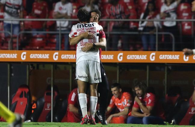 Igor passou a ter mais chances com Fernando Diniz (Foto: Divulgação/SPFC)