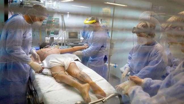 Alguns pacientes se recuperam em dois dias, enquanto outros levam meses