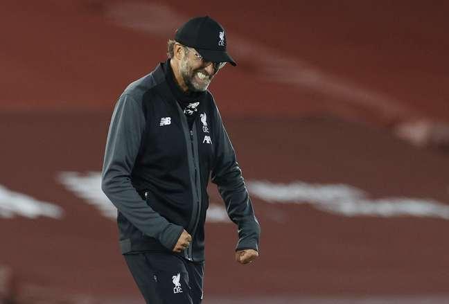 Juergen Klopp comemora vitória do Liverpool pelo Campeonato Inglês