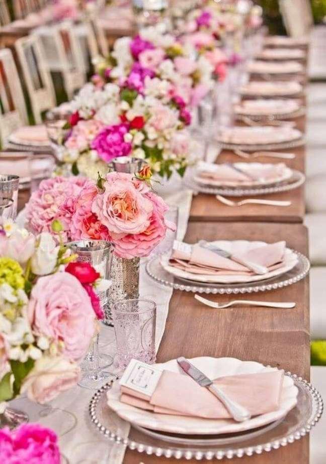 42. Como dobrar guardanapo para mesa de jantar – Via: Pinterest