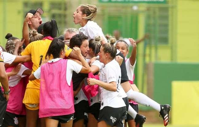 Corinthians já firmou parceria para quando o futebol feminino for retomado (Foto: Rodrigo Coca/Ag. Corinthians)