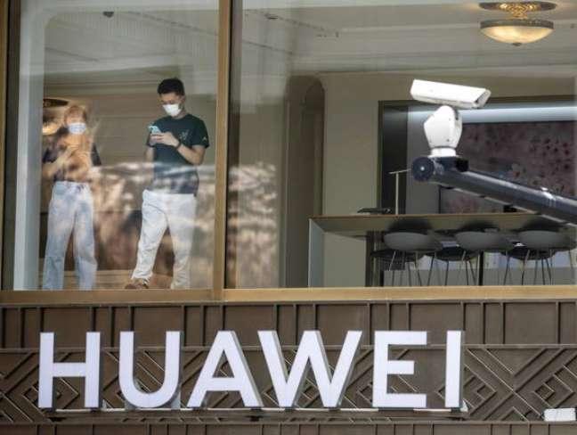 Loja da Huawei em Xangai, na China