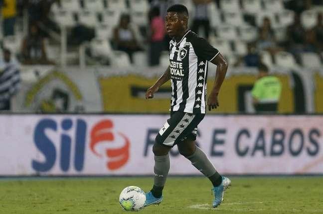 Equatoriano Gabriel Cortez está de saída do Botafogo (Foto: Vítor Silva/Botafogo)