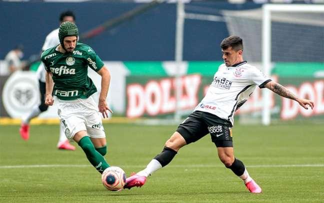 Fagner se machucou na final do Campeonato Paulista, contra o Palmeiras, no último sábado (Foto: Rodrigo Coca/Corinthians)