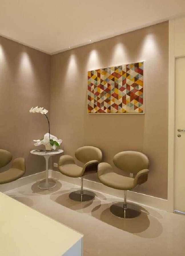 75. Poltrona decorativa giratória para recepção de clinica – Foto: Andrea Carla Dinelli