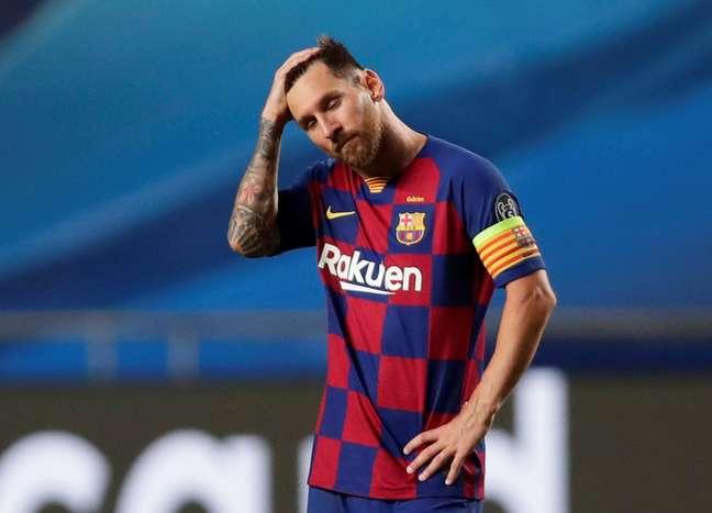 Lionel Messi lamenta a goleada para o Bayern de Munique