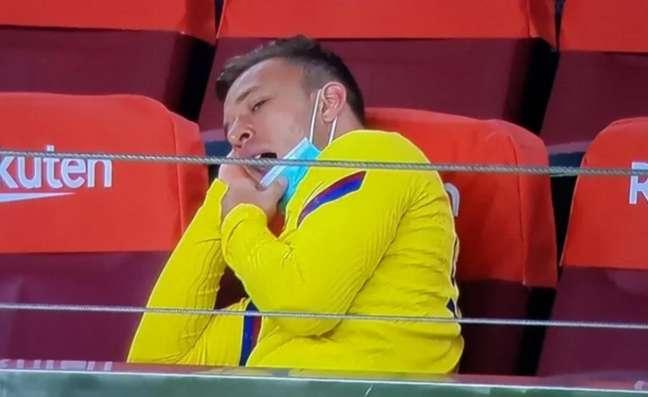 Arthur acumulou polêmicas em sua passagem pelo Barcelona (Foto: Reprodução/Twitter @JuventusGO)