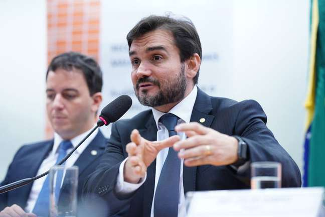 Celso Sabino elaborou o relatório rejeitado pelos secretários