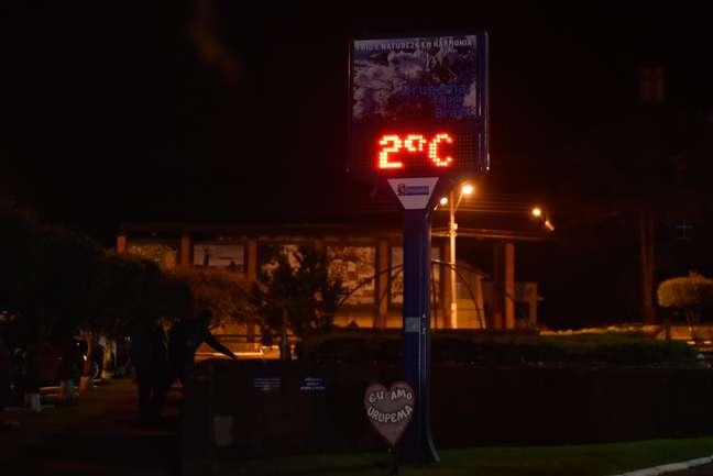 Termômetro registra baixa temperatura em Urupema (SC)