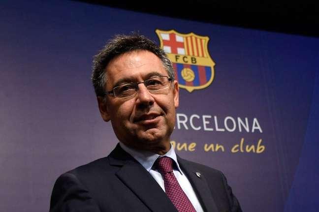 Bartomeu é o principal alvo de críticas da torcida catalã (Foto: Lluis Gene / AFP)
