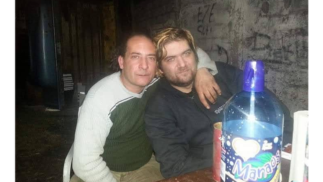 """Os gêmeos Jorge Elkin e Ricardo David Luján: """"Nós somos muito parecidos. Mas nossas certidões têm informações diferentes''"""