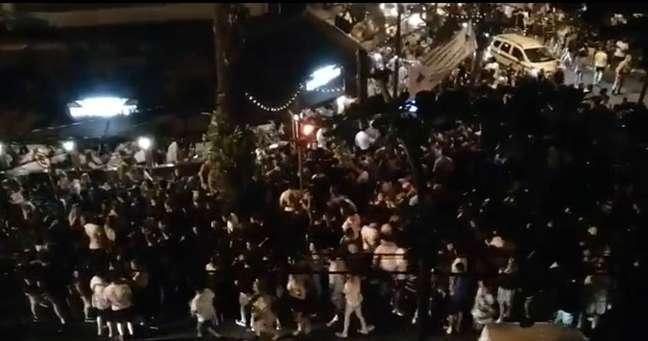 Imagens compartilhadas nas redes sociais mostram grande aglomeração no Leblon no início do feriadão de 7 de setembro