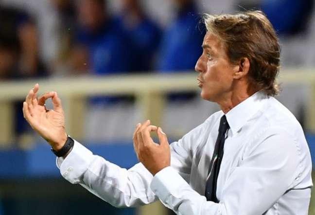 Chiellini foi sacado da equipe porque técnico estava sem os óculos (Foto: Vincenzo Pinto / AFP)