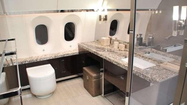 Aeronave presidencial mexicana conta com detalhes luxuosos