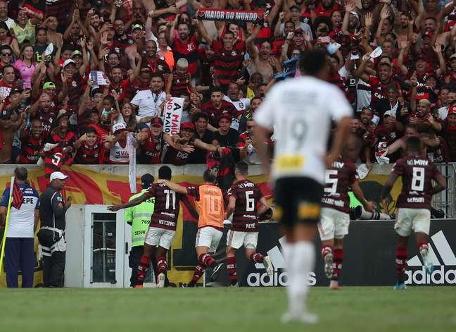Flamengo e Corinthians se enfrentam com Maracanã lotado em novembro de 2019 03/11/2019 REUTERS/Ricardo Moraes