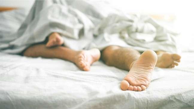 'Aceitei o fato de que talvez nunca possa ter um orgasmo com outra pessoa'