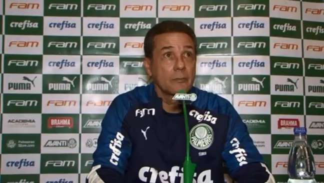Vanderlei Luxemburgo não é mais o técnico do Palmeiras