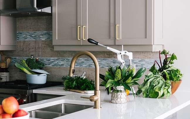 Plantas na cozinha: ideias de decoração para se inspirar