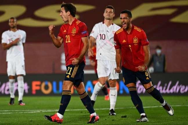 Oyarzabal marcou o único gol da partida (Foto: GABRIEL BOUYS / AFP)