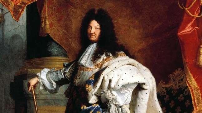 Francês Luís 14, o Rei Sol, sofria de fístulas anais
