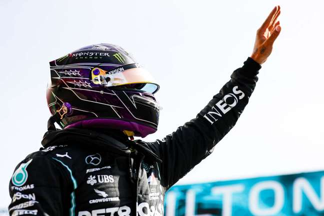 Lewis Hamilton tem agora 92 vitórias na F1