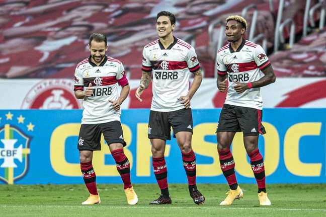 O Flamengo empatou com o Internacional no Beira-Rio