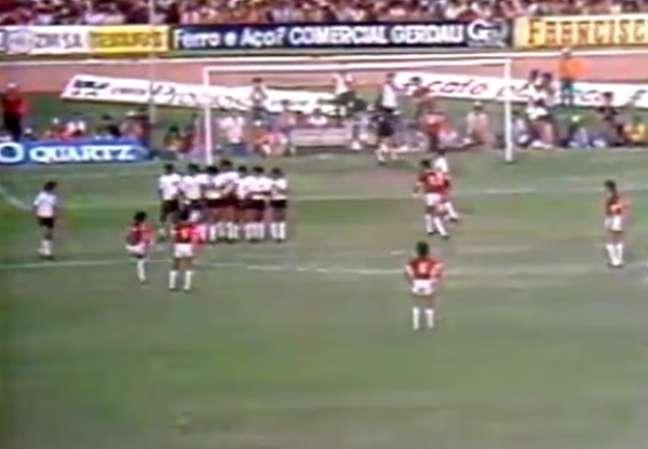 Valdomiro fez o segundo gol do Inter contra o Corinthians, em 76