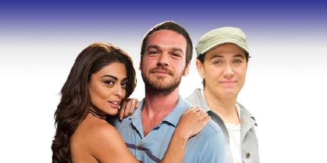 O casal Bibi (Juliana Paes) e Rubinho (Emílio Dantas), de 'A Força do Querer', observado por Griselda/Pereirão (Lília Cabral), de 'Fina Estampa'