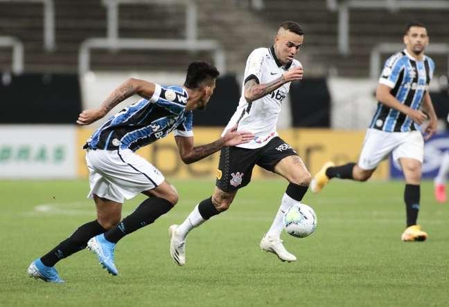 Luan foi um dos heróis corintianos que seguraram o empate contra o Grêmio