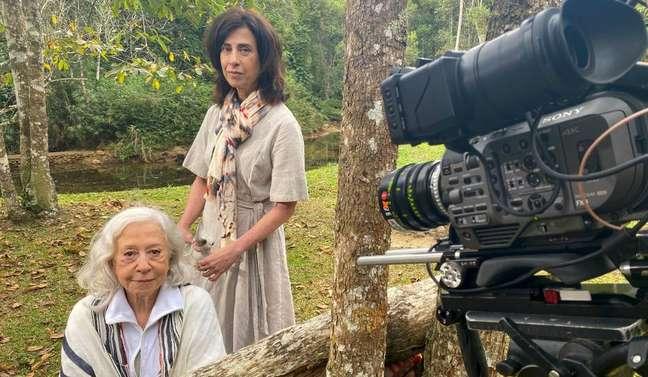 Fernanda Montenegro e Fernanda Torres durante as gravações de 'Amor e Sorte'