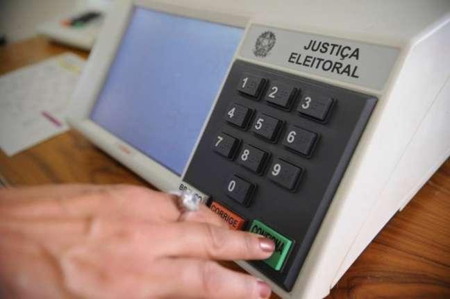 Eleitores foram às urnas neste domingo para o segundo turno das eleições municipais de 2020