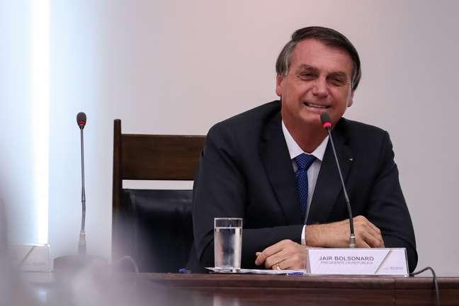 Presidente da República, Jair Bolsonaro conversa com a imprensa