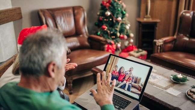 Maria Van Kerkhove, líder técnica da covid-19 na OMS, defendeu que as famílias prefiram reuniões virtuais neste ano