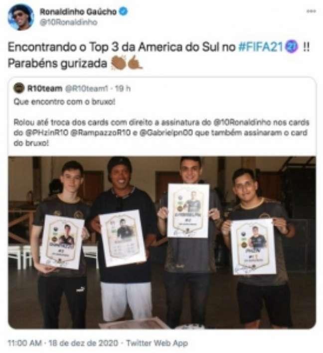 Ronaldinho compartilhou nas suas redes sociais o encontro