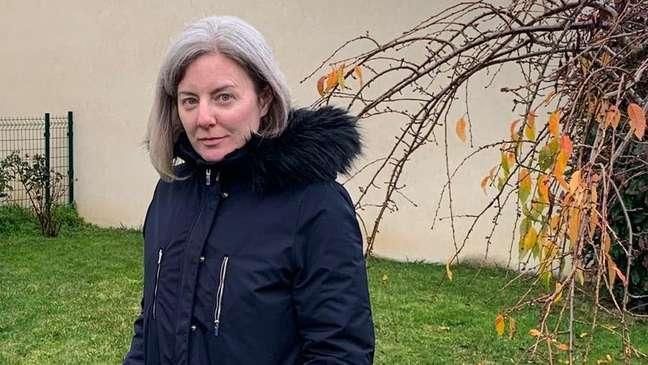 Amélie Perrier também sofre de covid-19 longa: 'Um bom dia é quando consigo caminhar dois quilômetros'