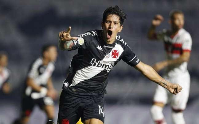 Germán Cano comemora seus gols fazendo o 'L', em homenagem ao seu filho Lorenzo (Foto: Rafael Ribeiro/Vasco)