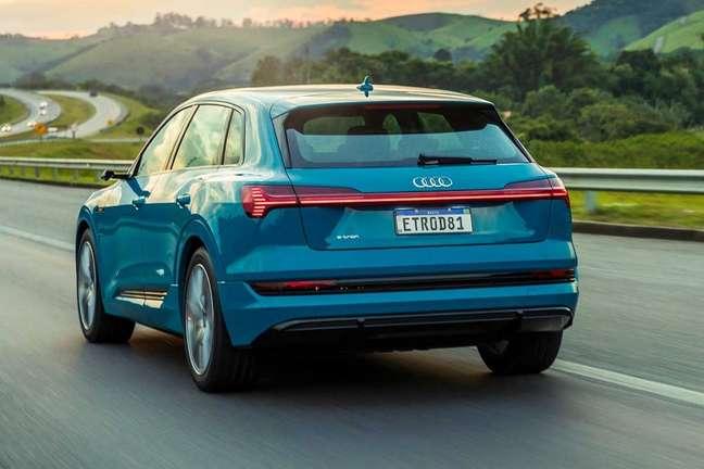 Audi Luxury Signature conta com o modelo E-Tron entre as opções de modelos por assinatura; planos têm duração mínima de 24 meses.