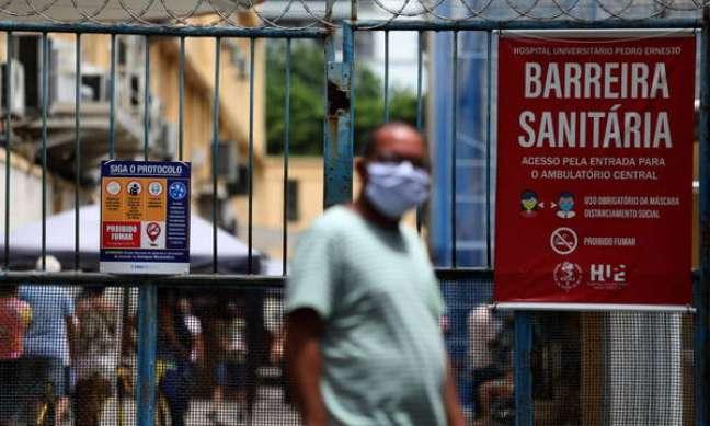 Brasil ficou na última posição entre 98 países analisados através dos números da crise sanitária