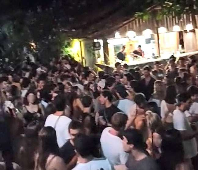 Festas causaram aglomerações na região durante o período de réveillon
