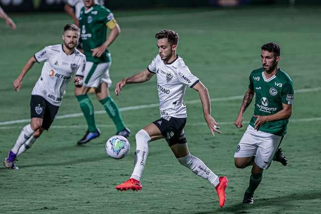 Galo joga mal, perde para o Goiás e se complica na luta pelo titulo do Brasileirão 2020