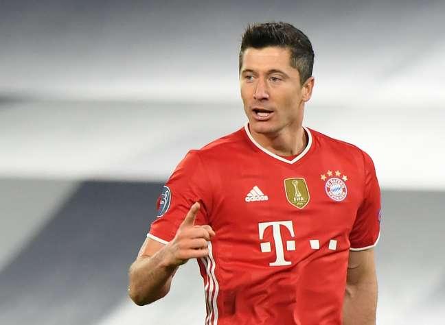 Lewandowski comemora gol do Bayern  23/2/2021   REUTERS/Alberto Lingria