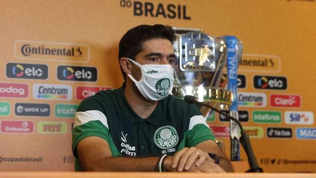 Abel Ferreira tem contrato com o Palmeiras até dezembro de 2022